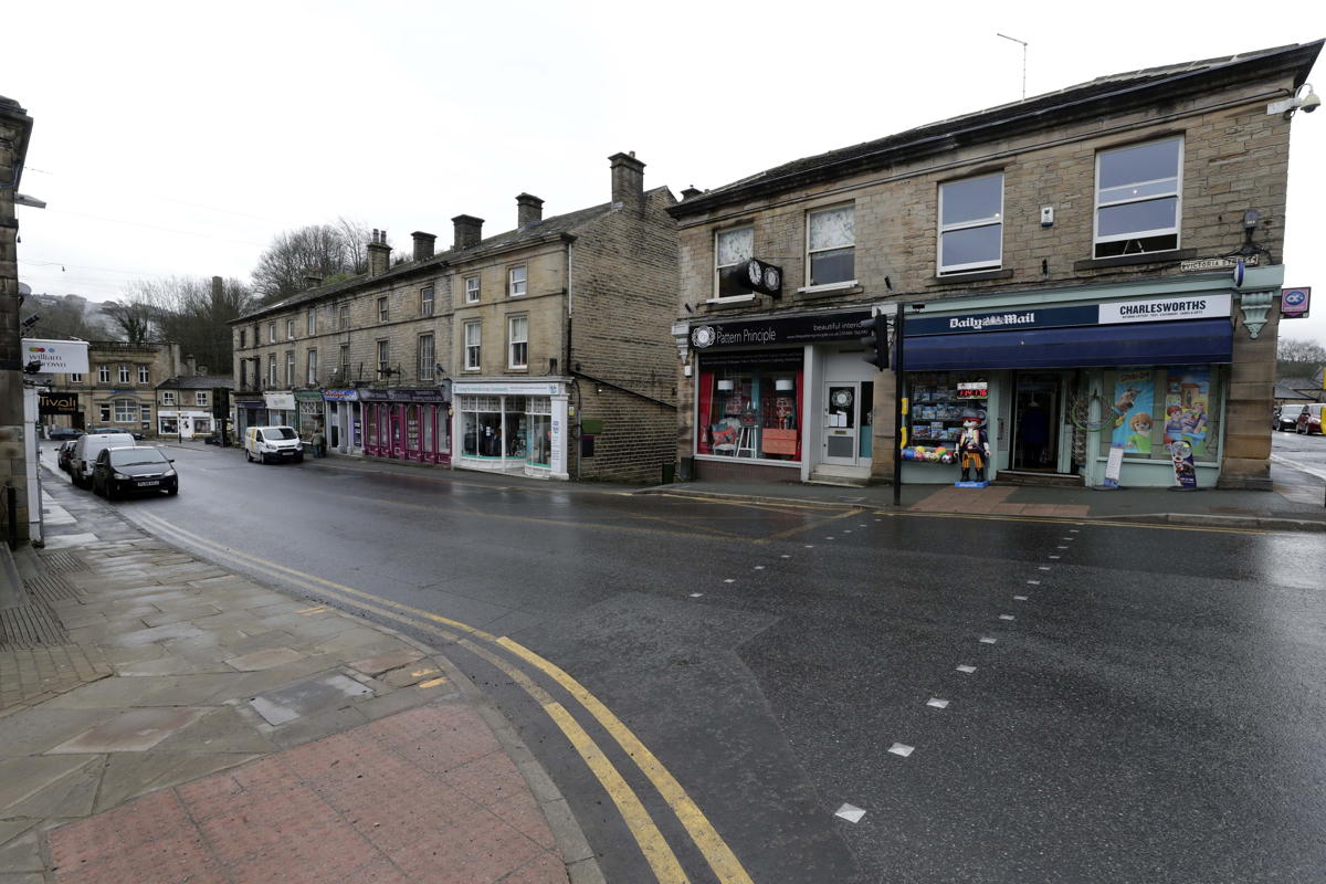 Holmfirth retailers urged to compromise over town centre parking